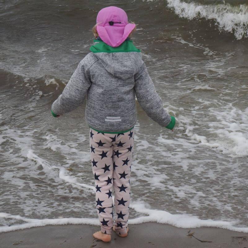 Wirbelwind bei windigem Wetter am Meer